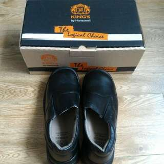 BNIB King's Safety Shoes KWD807 Size 7