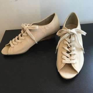 Size 5 Lace up beige heel shoes