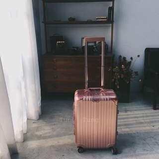 特價29寸 現貨$2500  行李箱