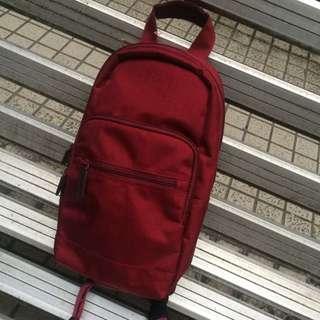無印良品 單肩肩背包 暗棗紅色 肩背包  側背包 後背包 胸背包 胸包 手提包