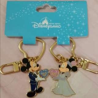香港迪士尼帶回~全新米奇米妮鑰匙圈~