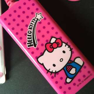 Hello Kitty Portable Charger Using AA Batteries