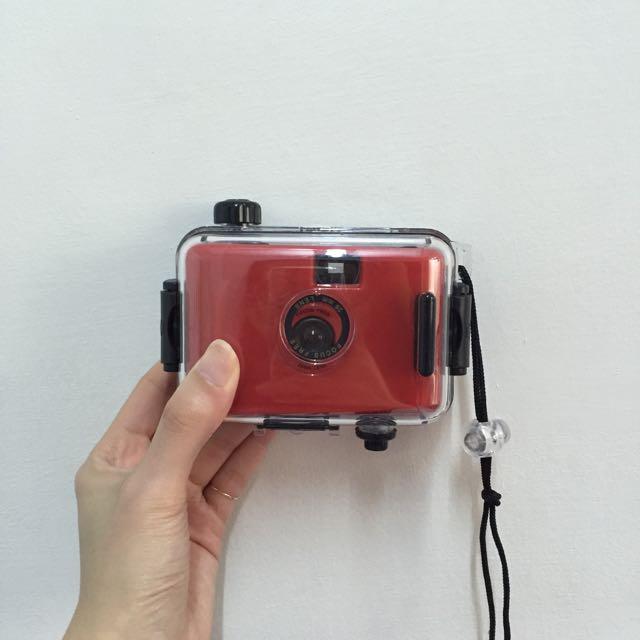 [全新]夏天必備!防水底片相機