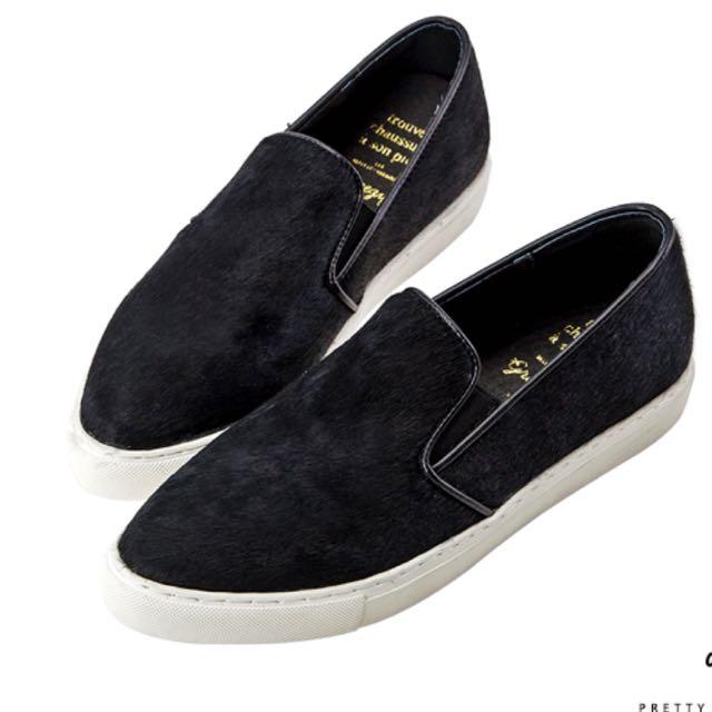 轉賣 二手 九成新 Grace Gift 微尖頭馬毛鞋