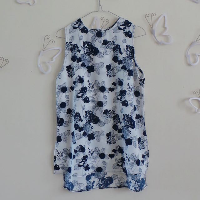Sleeveless Blue And White Top