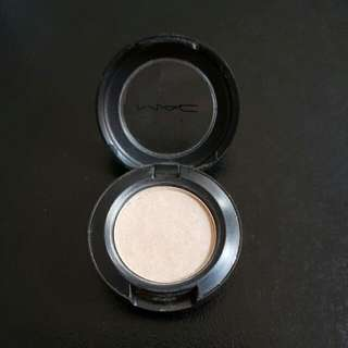 MAC eyeshadow (Shroom)