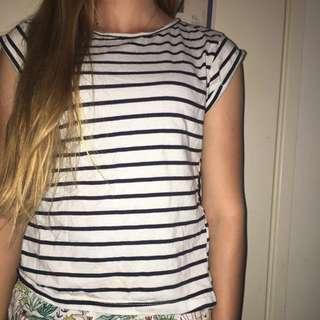 Casual Black And White Striped Top