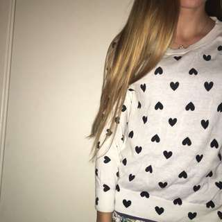 White Thin Jumper/top With Black Hearts