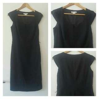 Black Dress - Midi