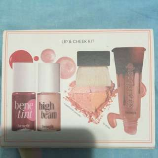 Benefit Lip&cheek Kit (不含胭脂水)全新