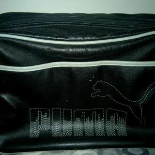 (含運)Puma運動側背包