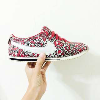 (保留中)Nike X Liberty 阿甘鞋 24.5 女版