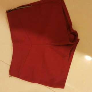 韓版 二手紅色短褲。
