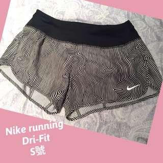 2016 Nike running  Dri-Fit  S號 女生 黑白幾何線條短褲 慢跑 跑步