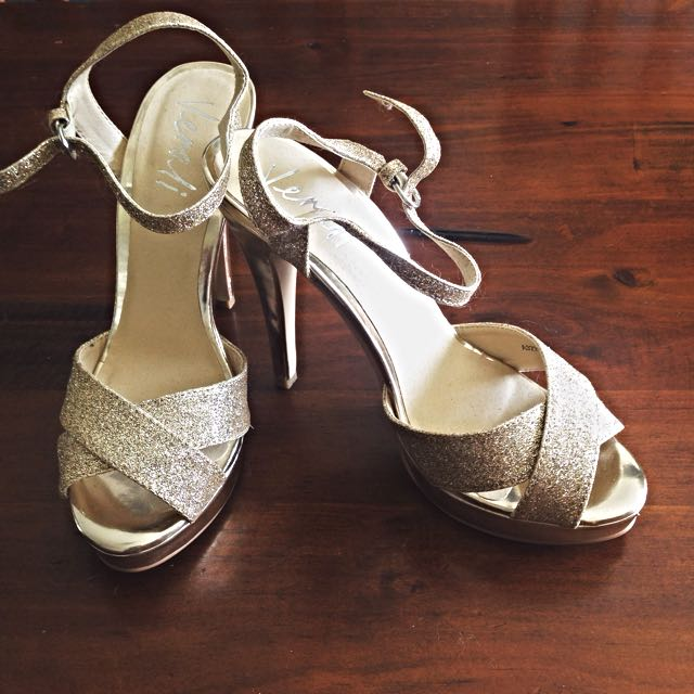 Authentic Verali Gold Glamour Heels