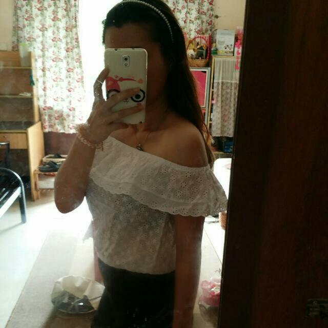 [BN]  Off Shoulder White Crochet Top