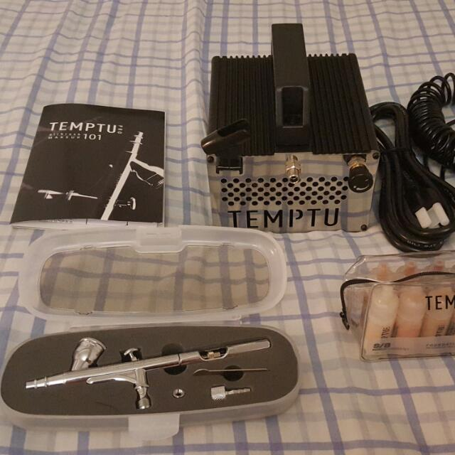 BRAND NEW Temptu airbrush set