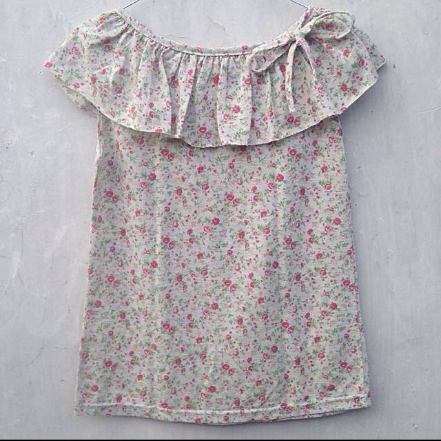 Floral Top With Ribbon