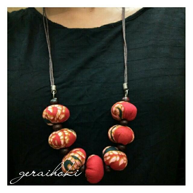 (New) Ethnic Necklace