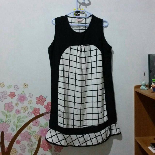[Preloved] Monochrome Dress