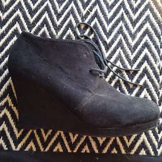 Sz 9 Suede Look Lace Up Ankle Boots