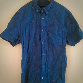 MENS COTTON ON SMALL BUTTON UP SHIRT
