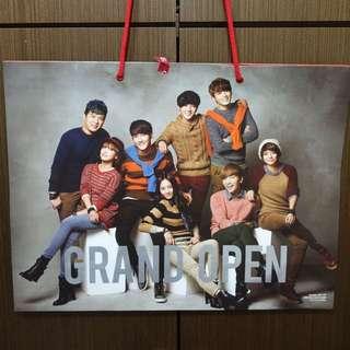 贈送✨ 韓國 SPAO 大型購物紙袋 Super Junior f(x) #七月免購物直接送