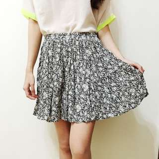 Brandy Melville, Floral Skirt, One Size