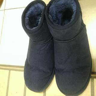 韓國Oille牌雪靴 顏色 深藍色