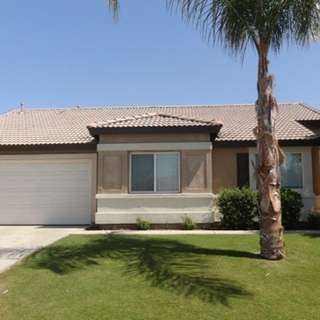 Am renting a house at 1106 Elite Court Bakersfield, CA 93307