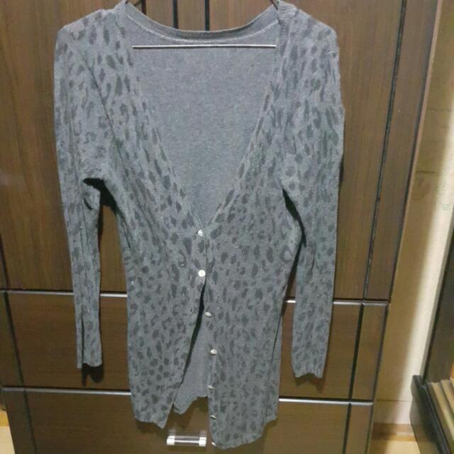 灰色豹紋針織外套