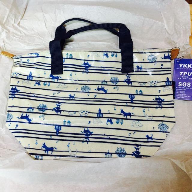 全新//台灣製-可愛田園趣拉鍊提袋-條紋米藍色