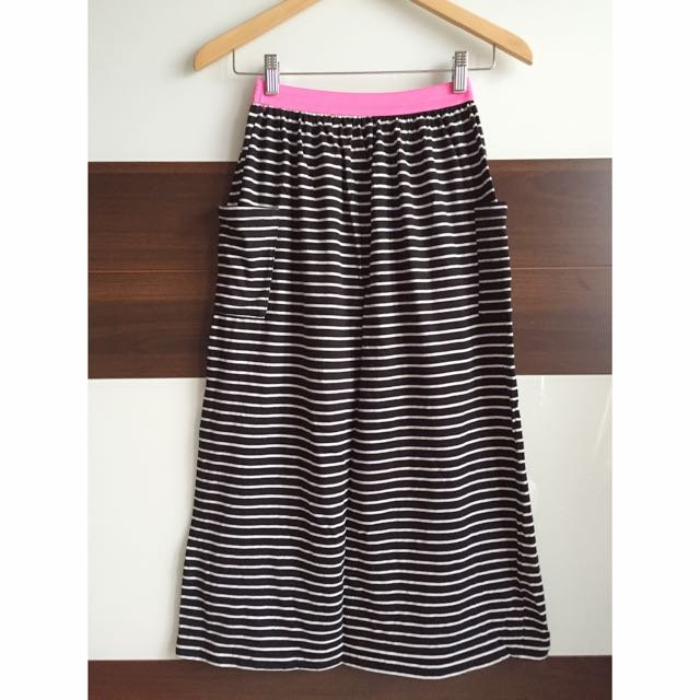 全新🆕黑底白條紋長裙