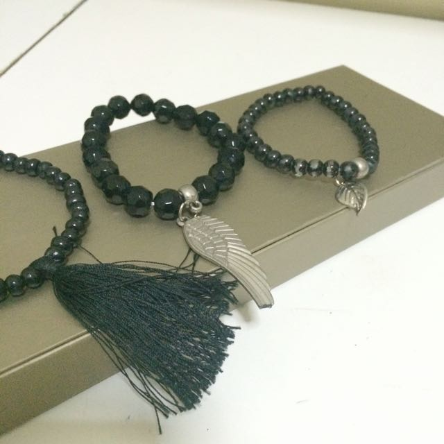 Black Wings Bracelet Set