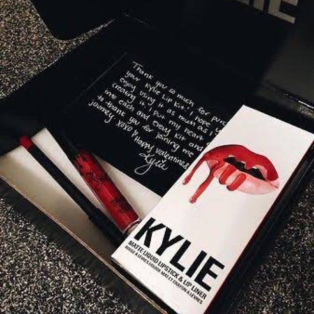 Kylie Lip Kit 'Mary Jo K'