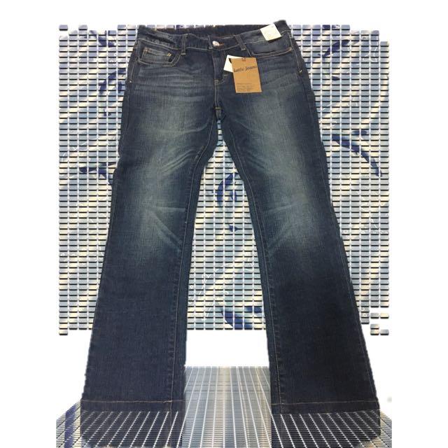 【全新】Lativ 修身直筒單寧褲