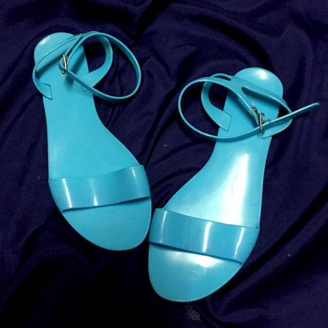 Old Navy 水藍色膠鞋
