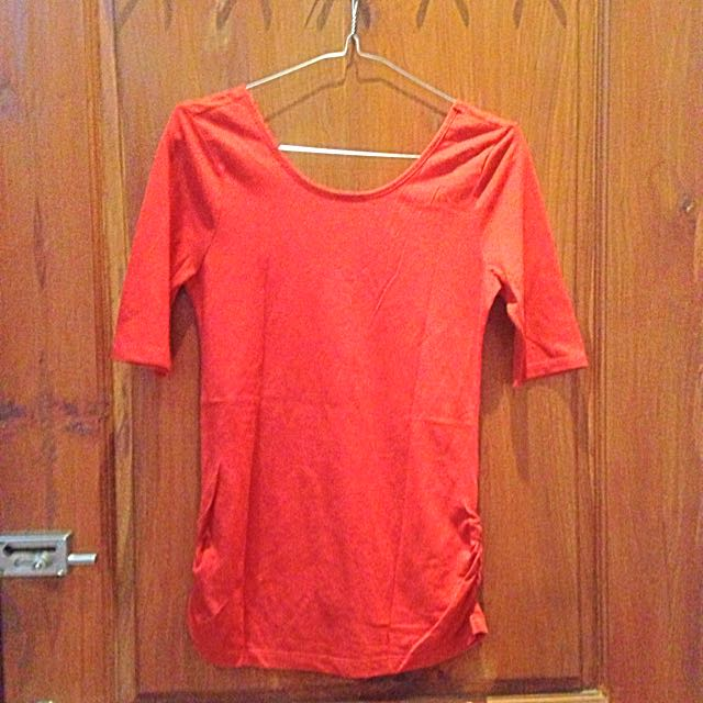 old navy orange low back tshirt