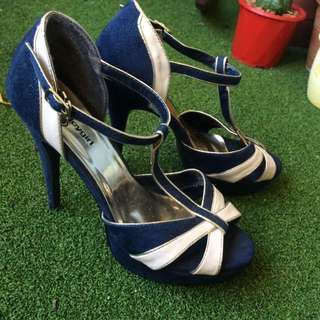 Navy Blue And Cream Size 9 High Heels