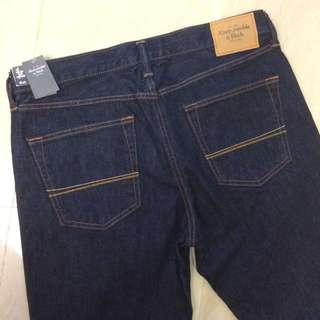 A&F 牛仔褲 小直筒 全新單寧正品
