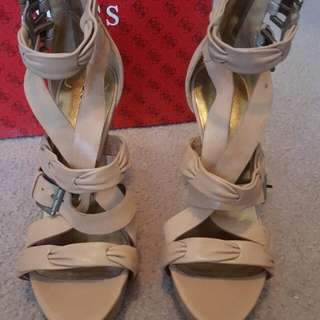 GUESS TAN HEELS LEATHER