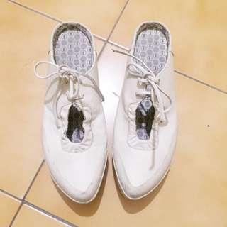 Diesel尖頭鞋