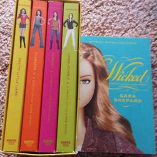 Pretty Little Liars Books 1-5
