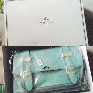 Mint messenger bag from twenty3