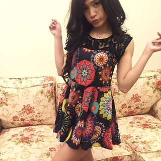 《New Closet》夏日滿版印花洋裝