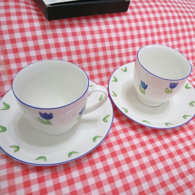 全新簡單白瓷花型套杯(咖啡杯)