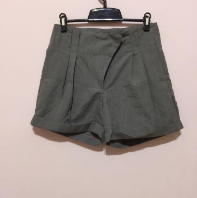 西裝材質短褲
