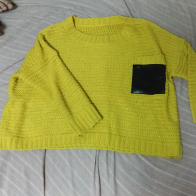 鵝黃短版毛衣