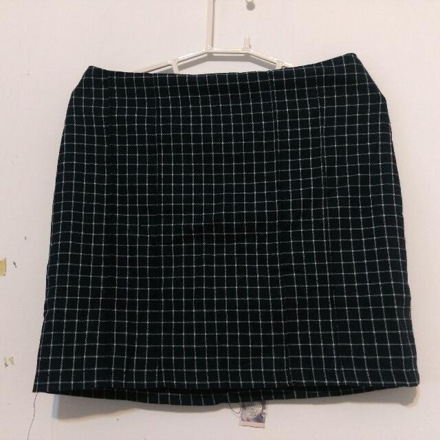 (全新) 深藍格子短裙