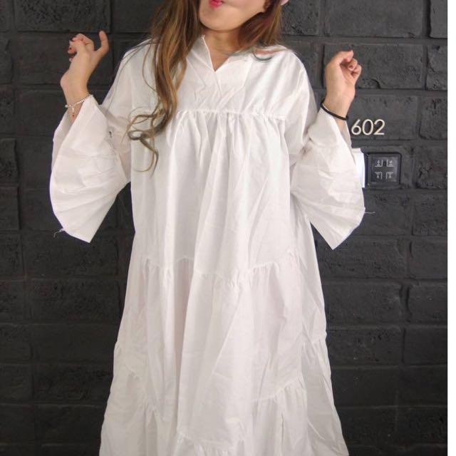 韓國帶回商品 全新轉賣 蛋糕傘狀荷葉手袖長洋裝 黑色